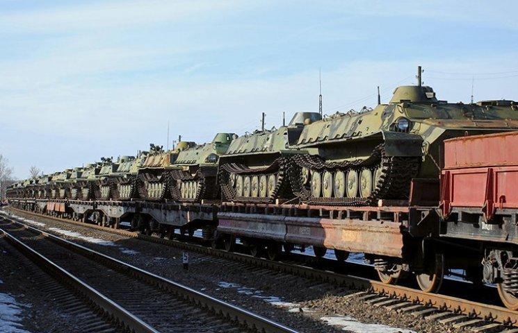 У Климкина заявили о 19 эшелонах с оружием, которые заехали на Донбасс из России