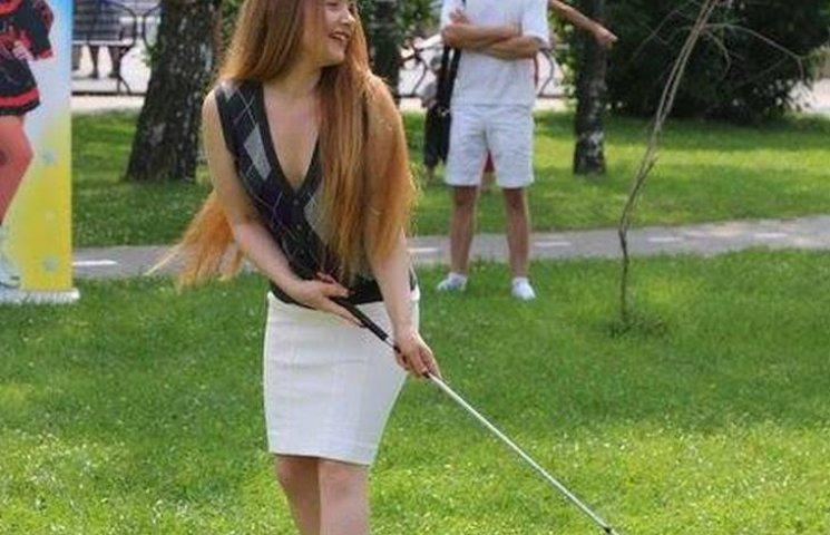 На вінницькій набережній влаштували змагання з міні-гольфу