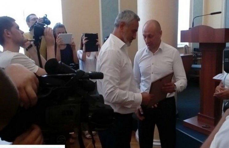Депутатів Черкаської міськради нагородили за визволення полонених
