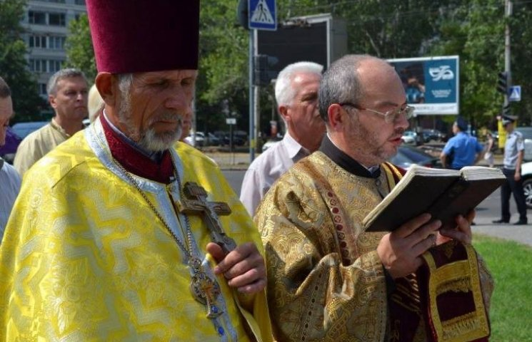 У Миколаєві священники Київського патріархату помолились за Хрещення Русі