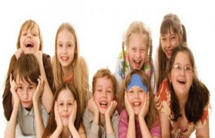 Хмельницькі прокурори відстояли права дітей і подали позовів на 19 мільйонів