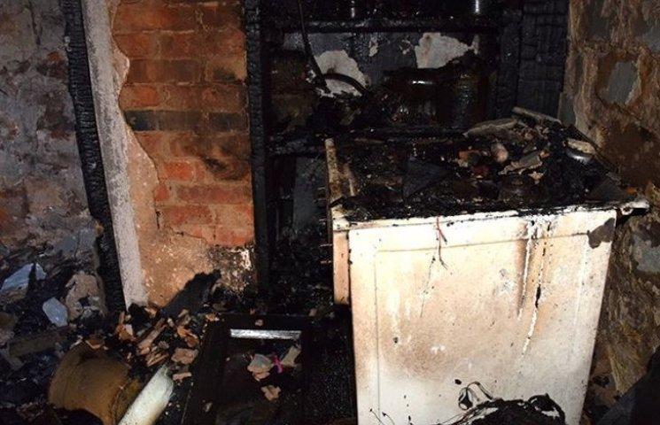 Женщина спасала котов, а не сына: подробности пожара в Николаеве, где погиб подросток