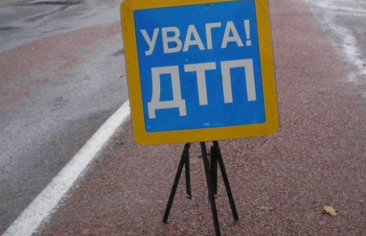 У Миколаєві невідоме авто збило чоловіка неподалік від цвинтаря