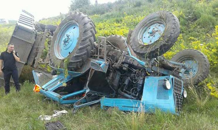 На Вінниччині молодого водія роздавило в…