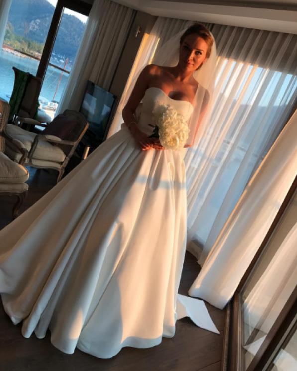 Привычка жениться: Алла Добкина вышла замуж второй раз фото