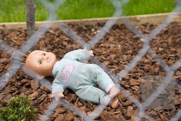 На Кубані в смітнику знайшли мертве немовля