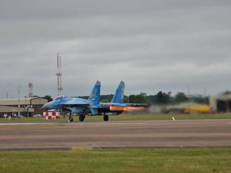 Украинские пилоты показали высший пилотаж наавиашоу вСоединенном Королевстве