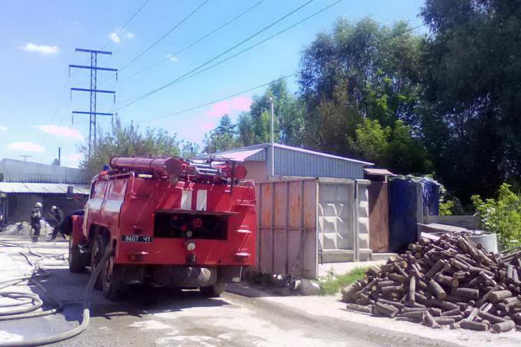 ВДнепре трое пожарных пострадали отвзрыва баллона