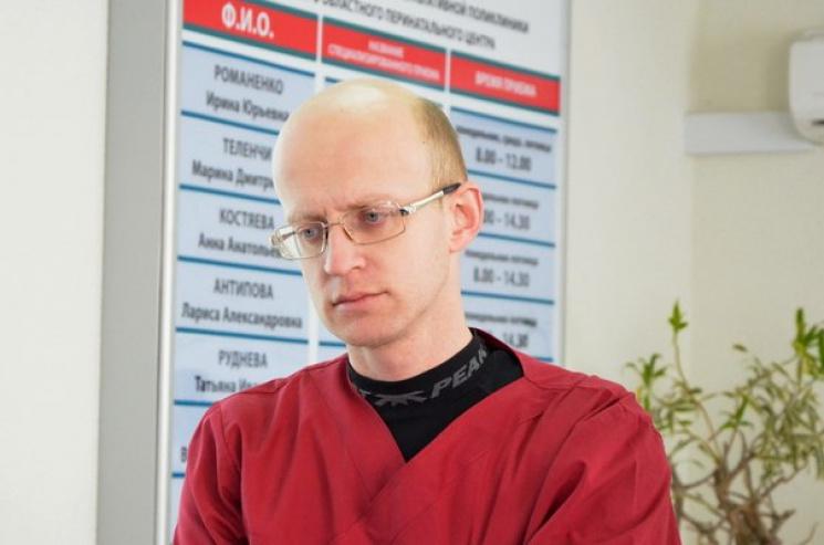 """Как скандал с """"главврачом-акушером ЛНР"""" обнаружил пробоину в иммунитете Украины"""