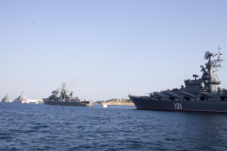 Біля берегів Севастополя окупанти провод…