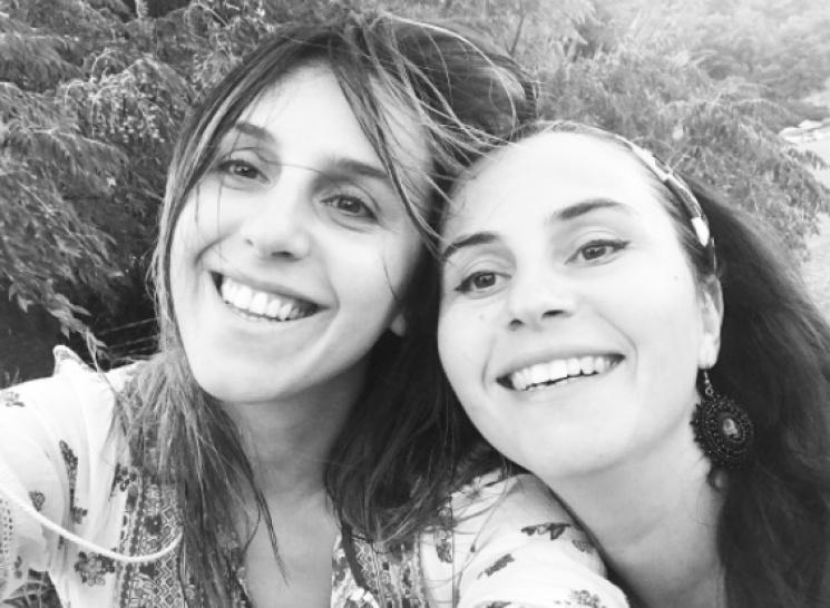 Джамала без макіяжу відпочиває із сестро…