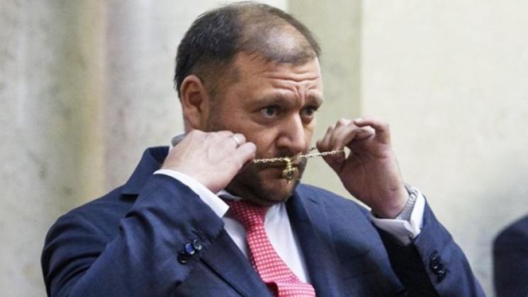 Оголені груди назустрічі Порошенка і Лукашенка: Femen назвали витівку «помстою диктатору»