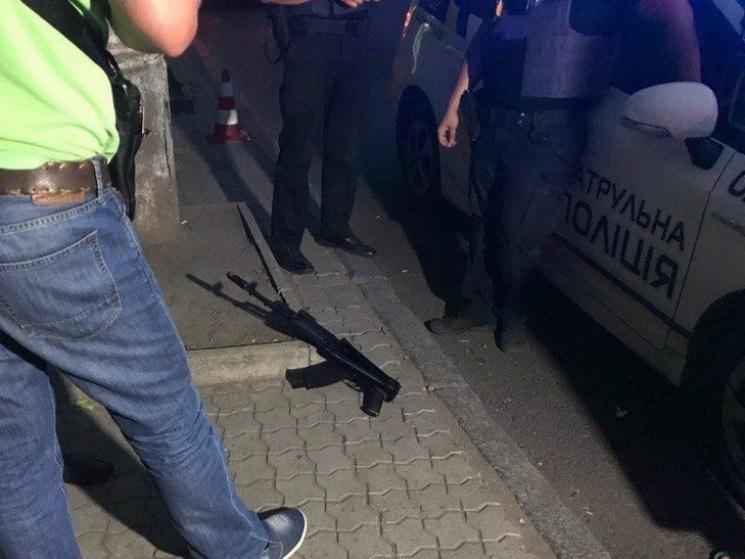 """Стрельба в Днипре: """"Профилатовская"""" полиция клонит к """"экономической версии"""""""