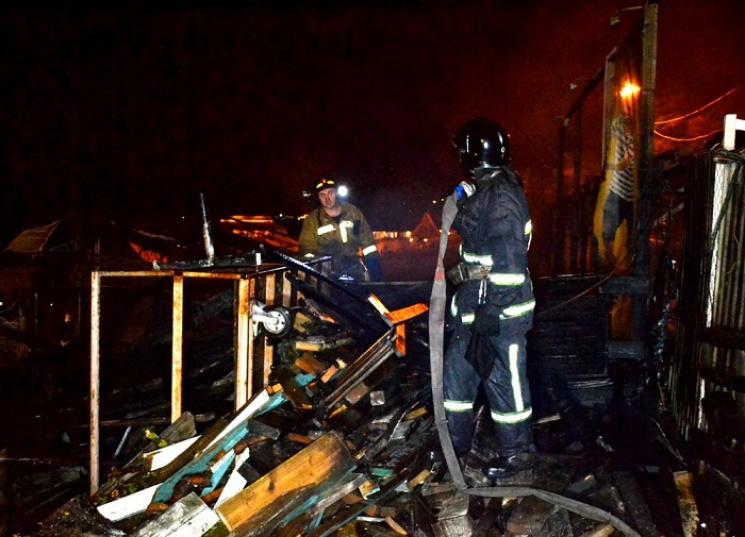 ВОдессе рядом спопулярным ночным клубом сгорела пиццерия