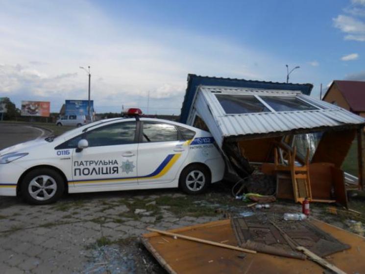 Сломаный пост полиции и четверо раненых: на Ровенщине произошла жуткое ДТП
