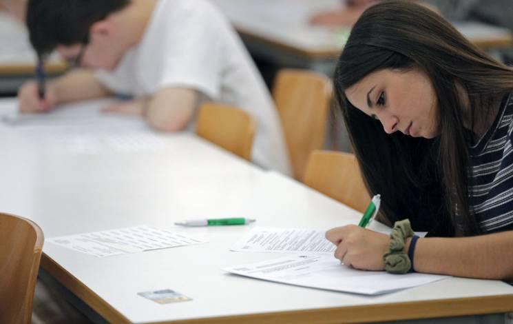Сколько стоит обучение на стоматолога в украине учиться в европе после школы