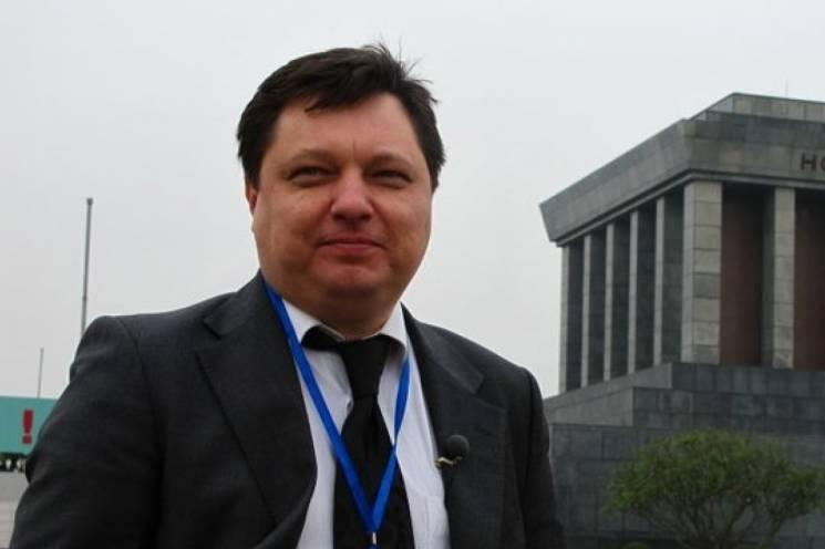 Как пресс-секретарь Кернеса попался на сомнительной сделке с имуществом города и обматерил журналиста (ВИДЕО)