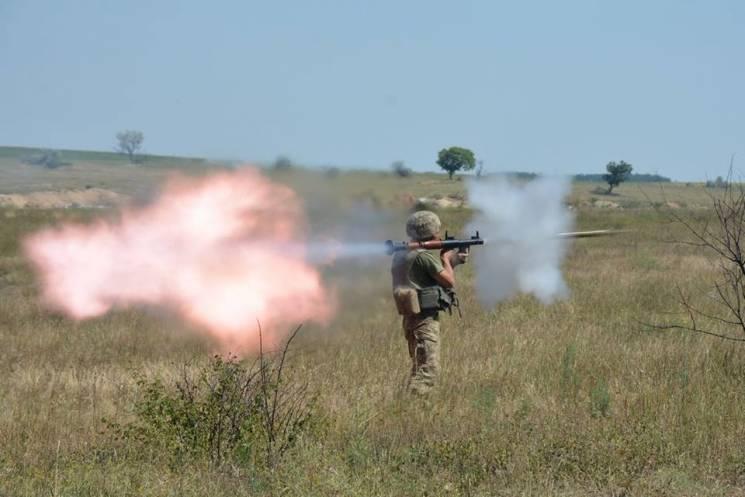 На Миколаївщині десантники відпрацьовували наступальні дії на полігоні (ФОТО)