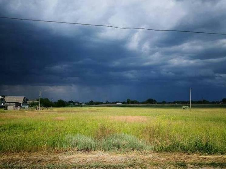 Суцільні хмари та дощ: Якої погоди чекати у Черкасах 11 липня