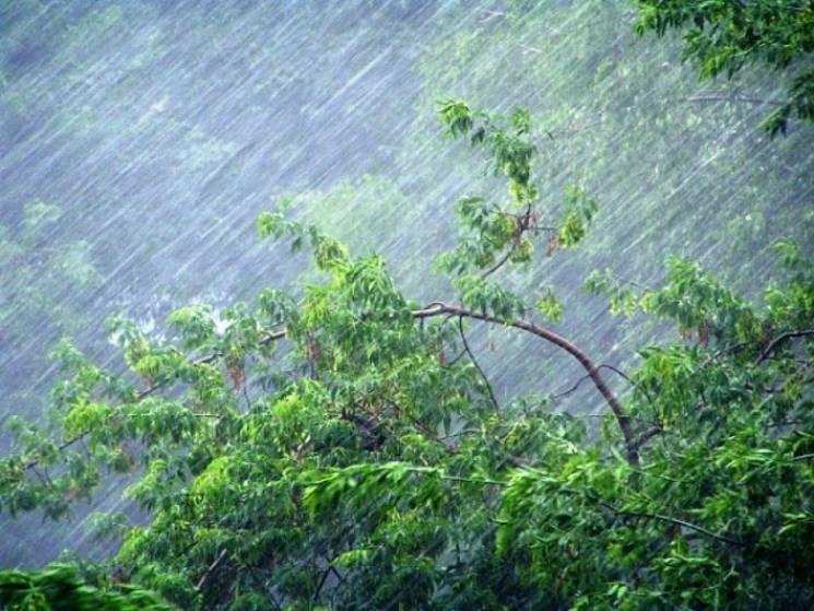 На Харківщину насувається злива та штормовий вітер