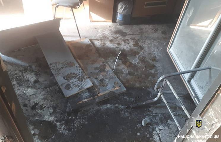 У Спілці журналістів відреагували на ймовірний підпал редакції газети у Кам'янському