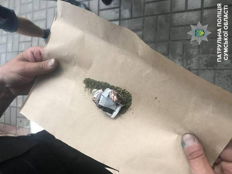 """Сумами """"під кайфом"""" ганяв 22-річний мопедист без прав (ФОТО)"""