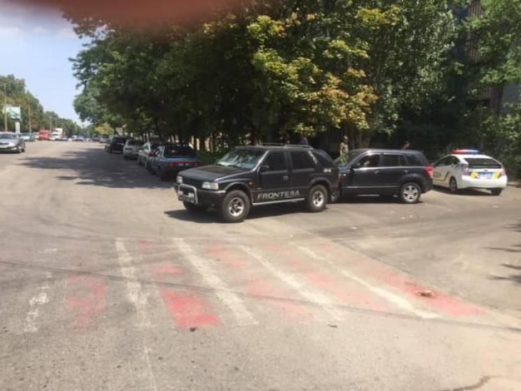 В Запоріжжі АТОвець на Opel в'їхав в автівку журналіста (ФОТО)