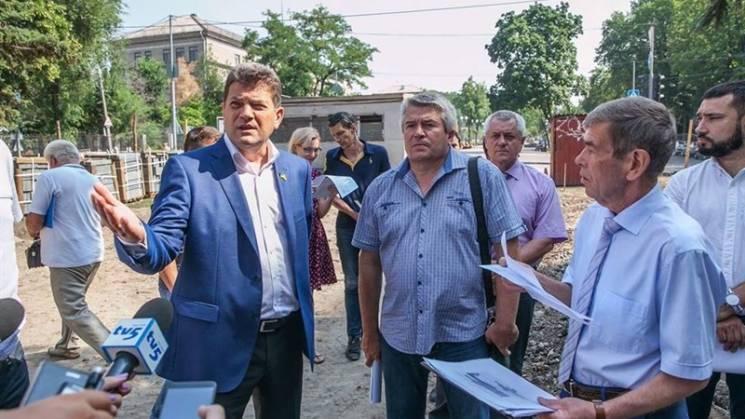 Реконструкція запорізького проспекту Маяковського гальмує, але Буряк сповнений оптимізму (ФОТО)