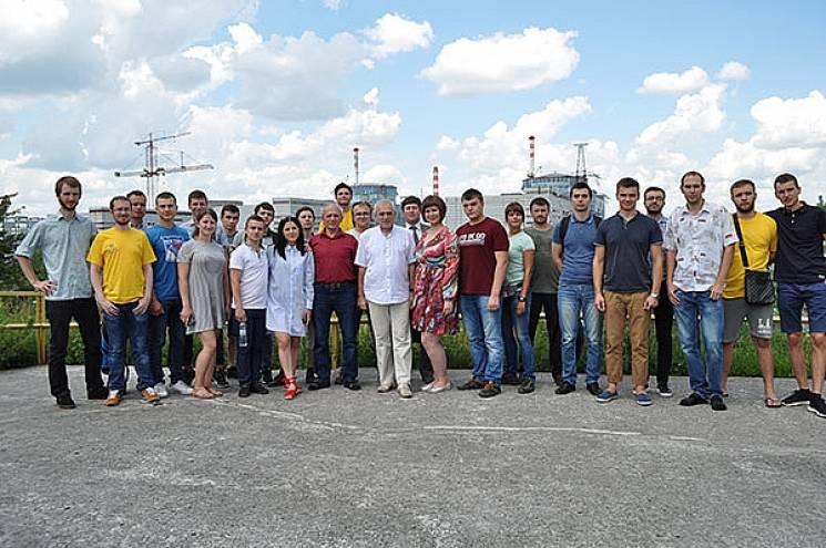 На Хмельниччині закінчилася VII літня Ядерна Школа (ФОТО)