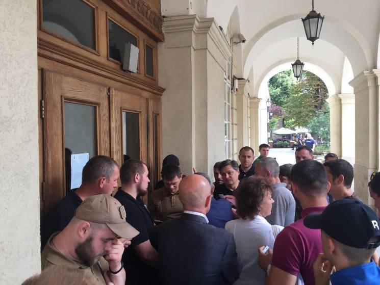 У Львові стоматологи знову прийшли до Садового (ФОТО)