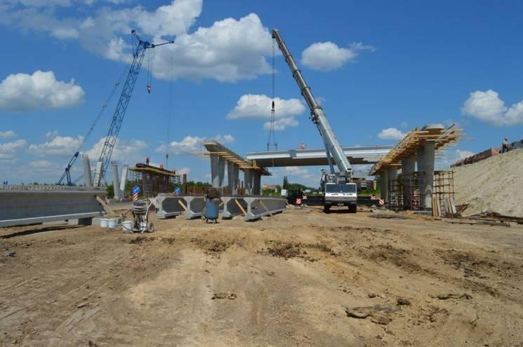 Під Полтавою триває масштабне будівництво транспортної розв'язки (ФОТО)