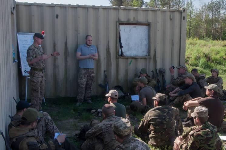 Британський вишкіл пройшли 11 тисяч українських воїнів (ФОТО)