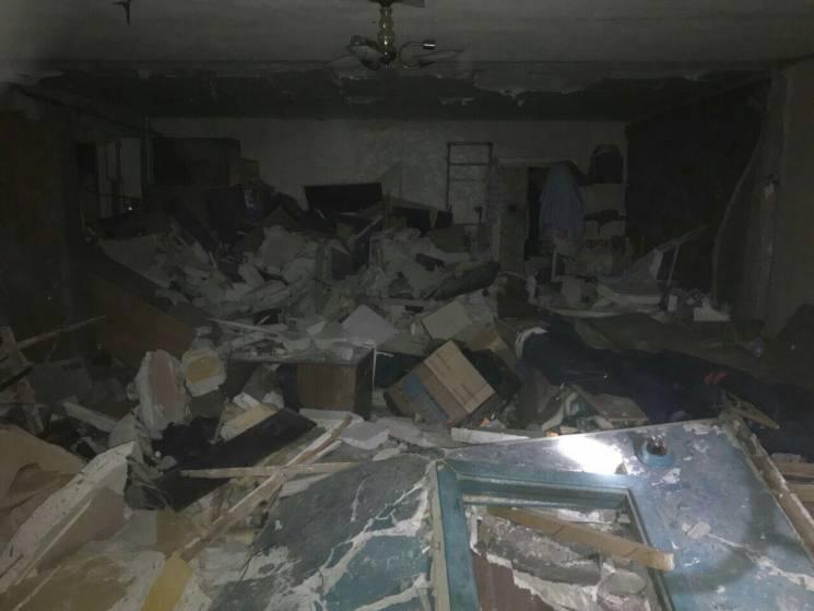 Евакуйовані після вибуху мешканці багатоповерхівки у Кривому Розі повернулися у квартири
