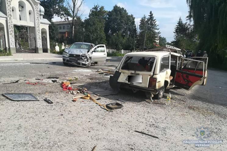 На Тернопольщине в ДТП тяжело травмирова…