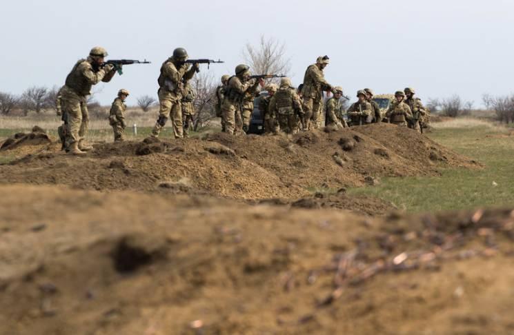 """Війна продовжується: Як під Кримським бойовики поховали """"хлібне перемир'я"""" (СТАТИСТИКА)"""