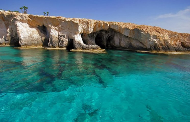 Самые чистые пляжи на Кипре, грязные - в Германии