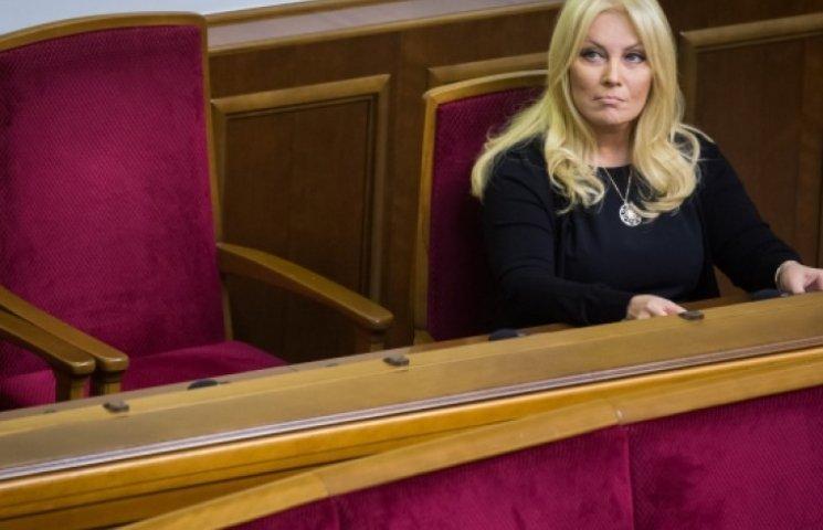 Повалий и еще 19 нардепов сбежали из фракции Партии регионов
