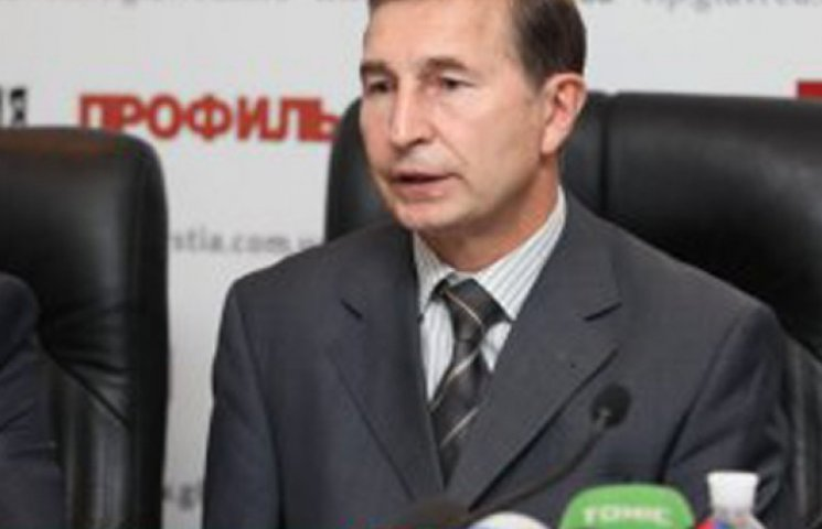 Федерация профсоюзов избрала главу в «боевых» условиях
