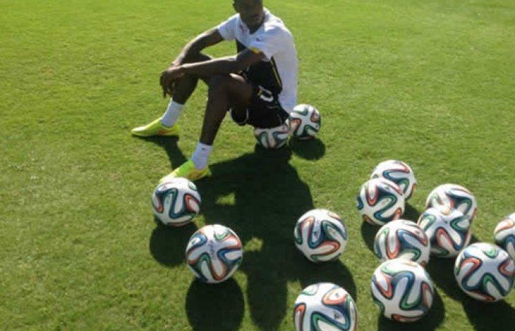 Тренер сборной Ганы выгнал из команды дв…