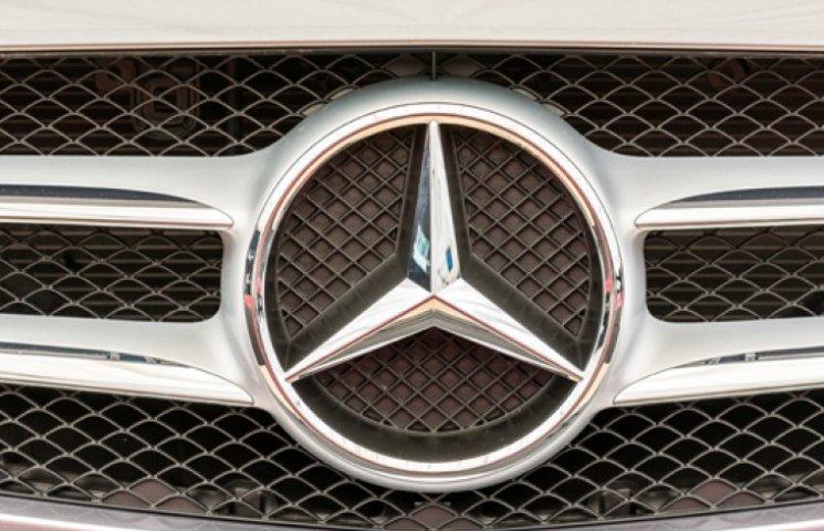 Новый Mercedes потянет на миллион долларов