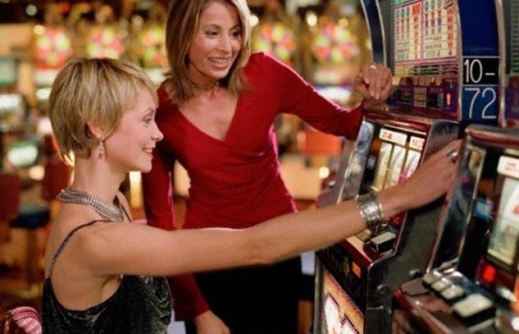 Лас-Вегас на дому: вінничанка поставила гральні автомати у себе вдома
