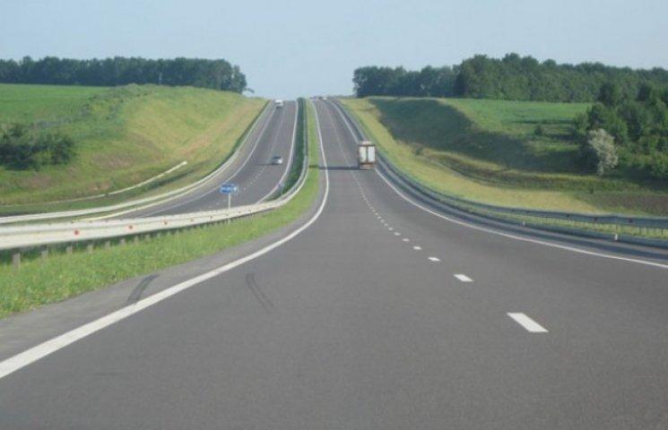 На Закарпатті сьогодні обіцяють перекрити дороги у двох місцях