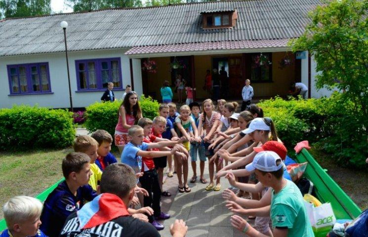 У таборах Вінниччини відпочиватимуть 300 дітей із зони АТО