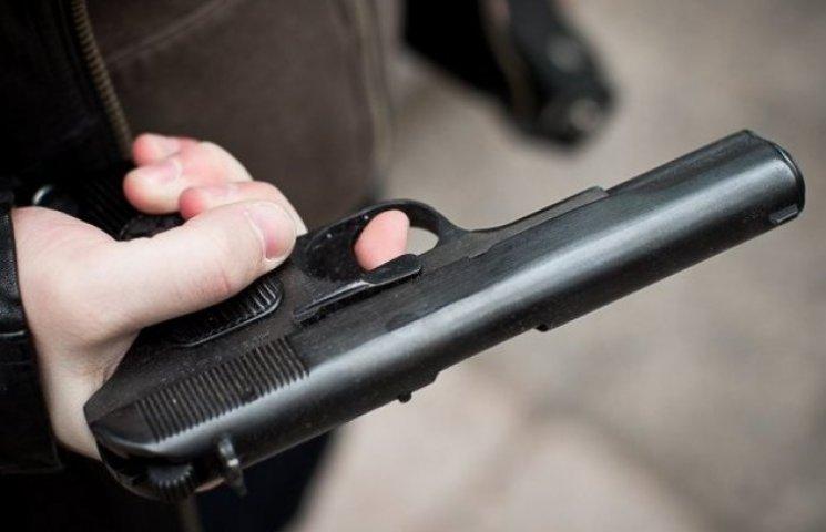 Правоохоронці дізнались, хто хотів застрелити міліціонера