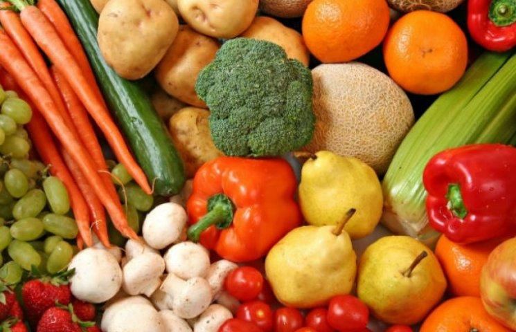 Фрукти і овочі, вирощені на Київщині, перевірятимуть в лабораторіях