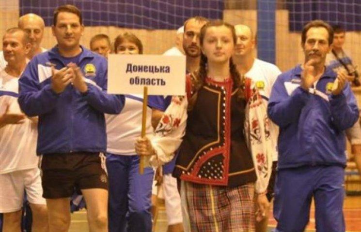 Три сотні депутатів з України пограють на Закарпатті в теніс і шашки
