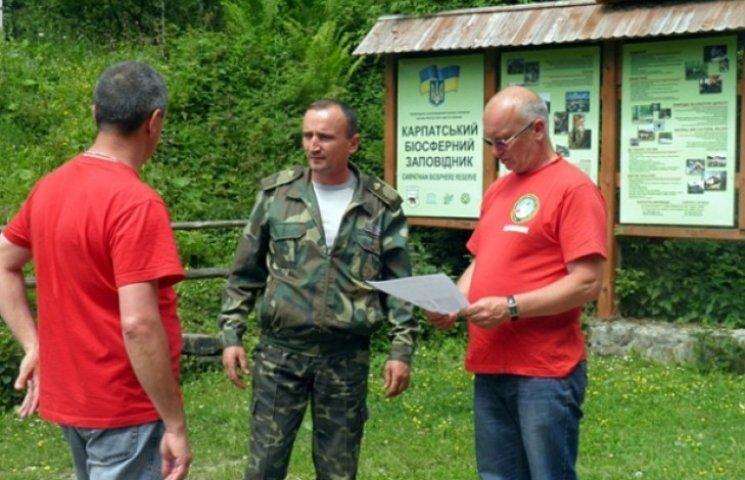 Рятувальники попередили про небезпеки всіх, кого зустріли на Говерлі