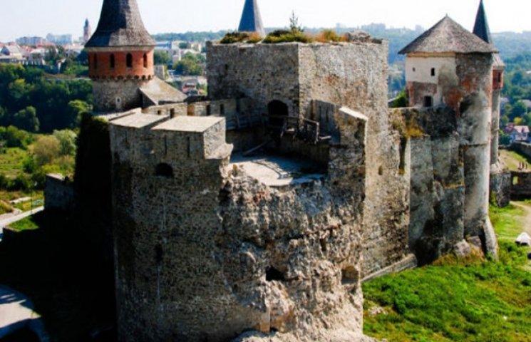 """Вже є гроші на реставрацію """"Ново-Західної"""" башти, що в Кам"""