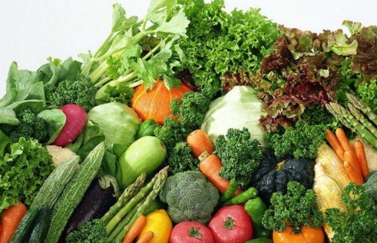 У харківських супермаркетах продавали нітратні овочі