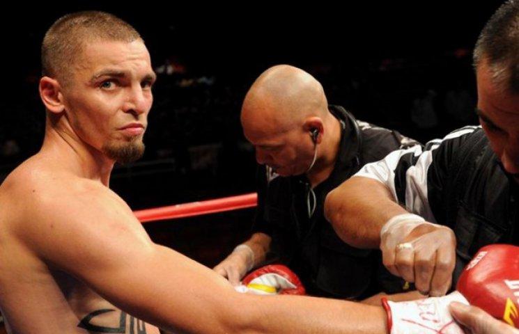 Перспективний шосткинський боксер зупинився у кроці від титульного бою